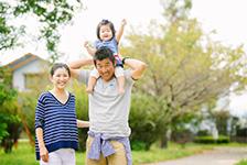 自然な雰囲気の家族写真を残したい
